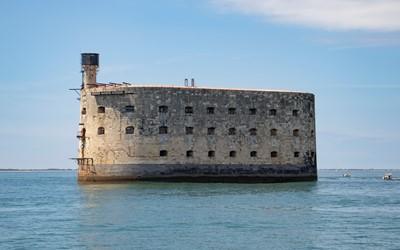 Tipspromenad - Insidan ut & fångarna på fortet